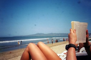 readingonbeach